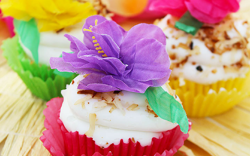 Pina Colada Cupcakes with Toasted Coconut Topping Recipe
