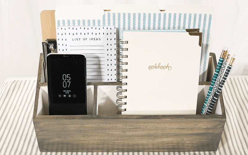 Back to School DIY Charging Station with Samsung Galaxy S8+