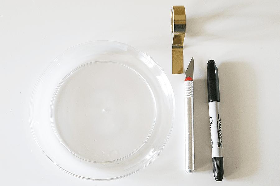 Wonder Woman Party Plates DIY