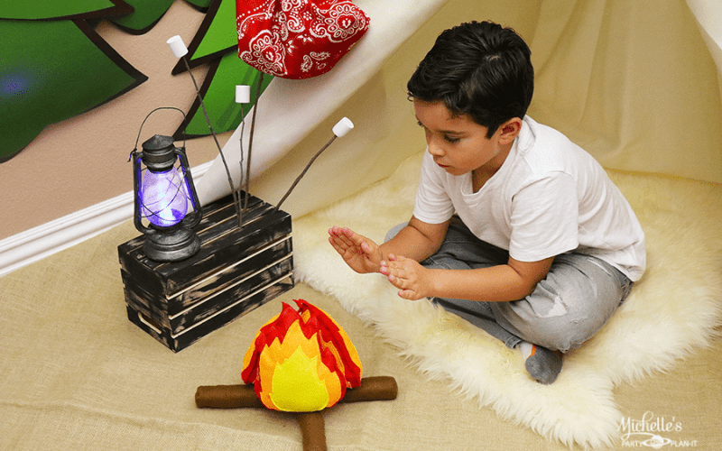 DIY Felt Campfire and Marshmallow Play Set