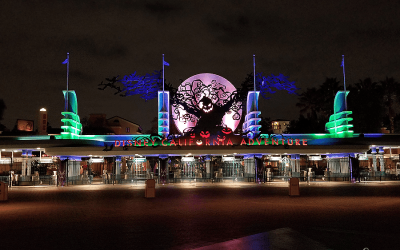 10 Reasons to Visit Disneyland and California Adventure at Halloween Time