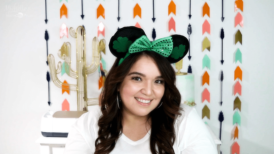 Budget Friendly No Sew DIY Minnie Mouse Ears