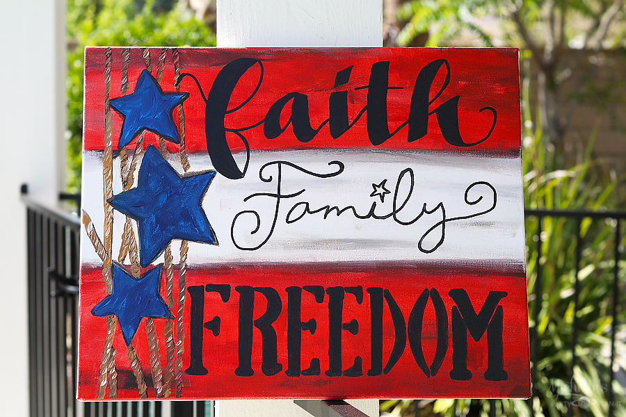 How to Paint Patriotic Wall Art for Your Home