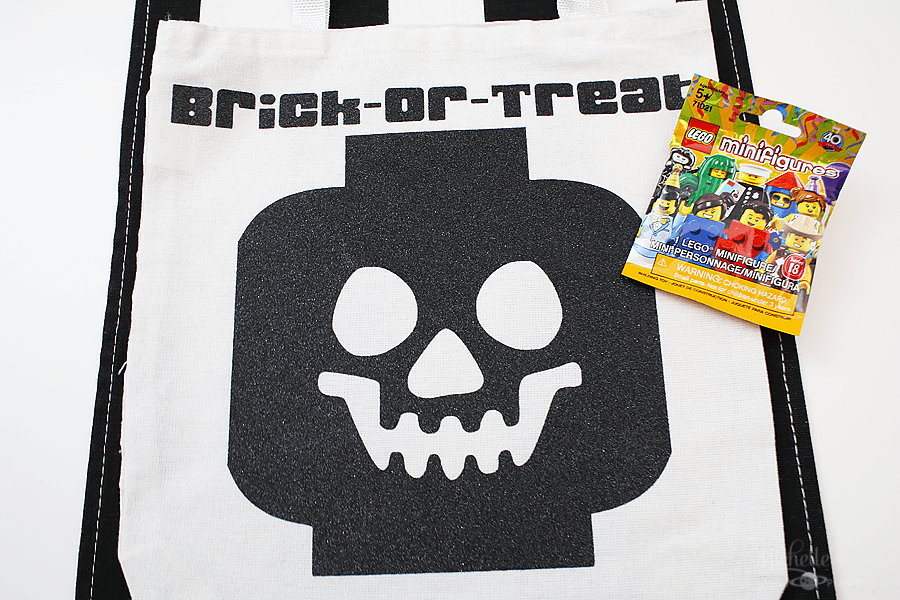 Lego brick or treat halloween party 9