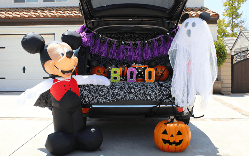 Mickeys halloween trunk or treat 1