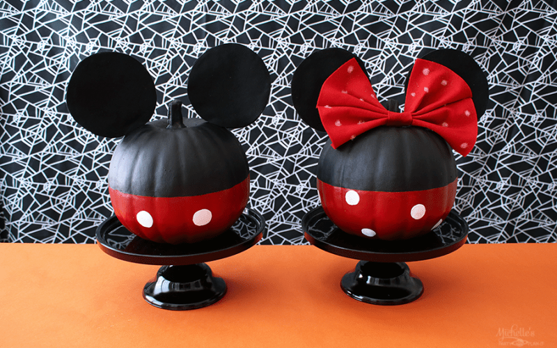 How to Make a Mickey and Minnie Mouse Pumpkin