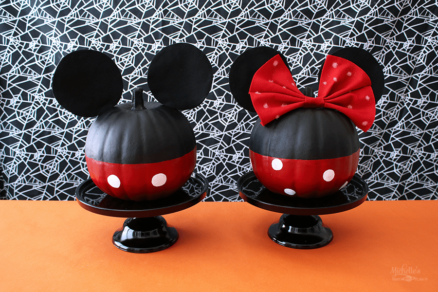 mickey and minnie mouse pumpkins