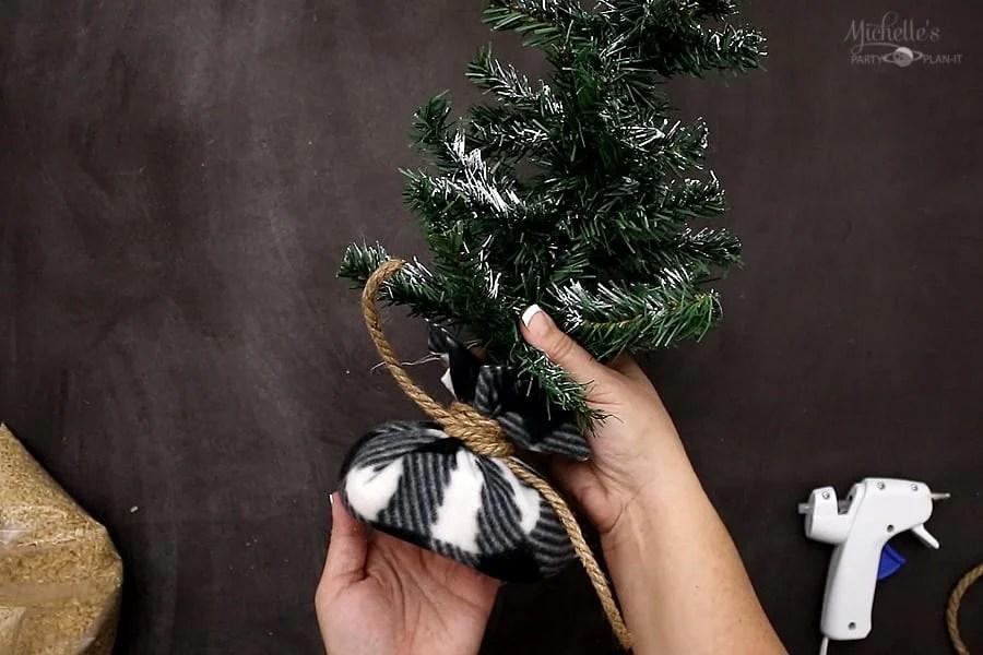 DIY FARMHOUSE TREE sack