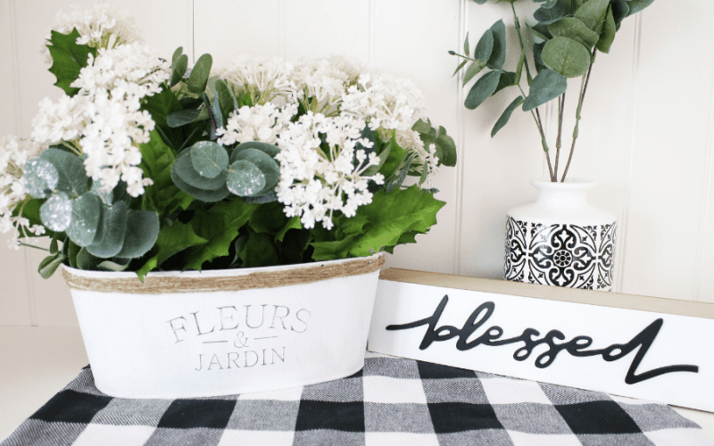 Dollar tree bucket into farmhouse decor
