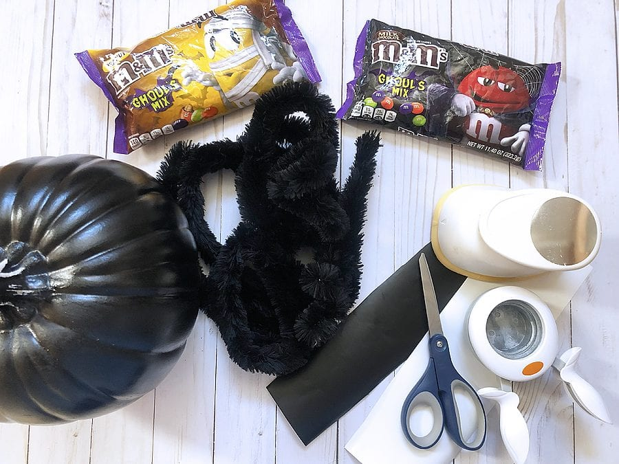 Diy spider candy bowl 1