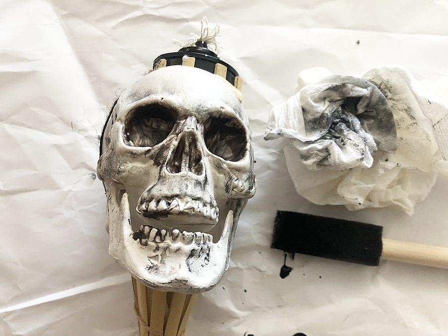 Diy skull tiki torches 3