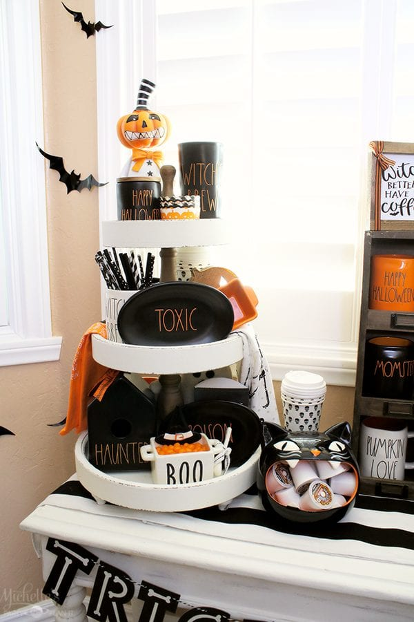 Halloween tiered tray