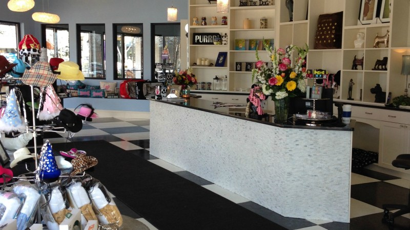 New Grooming Salon and Boutique NOW OPEN at Partridge Creek Mall