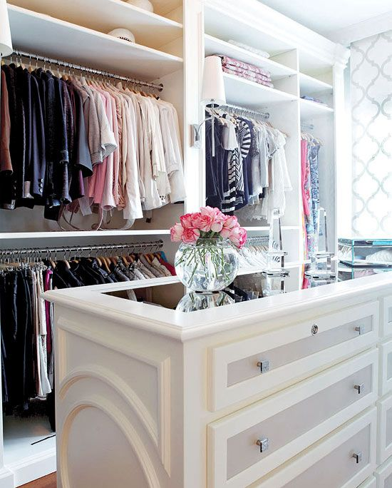 How to Organize Your Closet Like A Movie Star