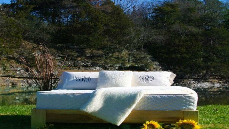 #GoOrganic this Valentine's Day with Mountain Air Organic Beds and Their Organic Products