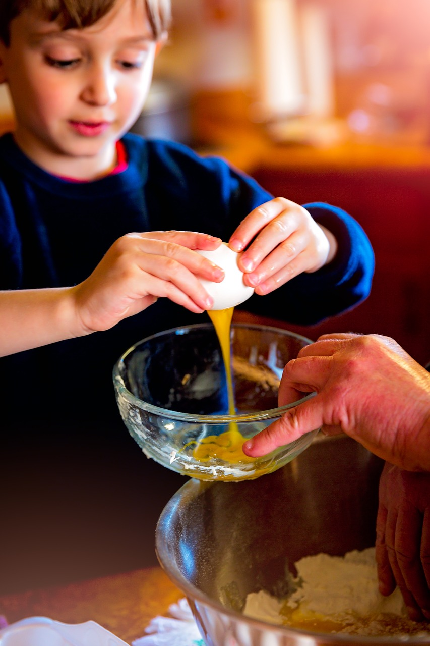 5 Reasons to Send Your Child to a Healthy Cooking Camp this Summer