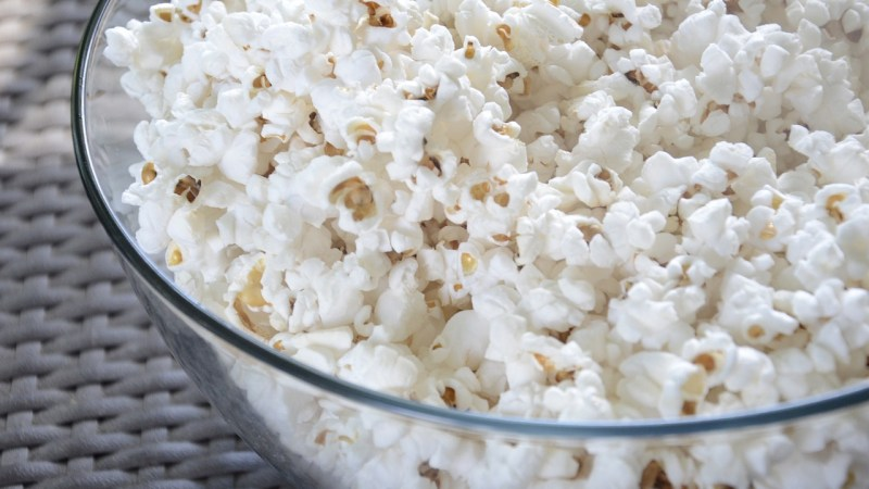 The Best Snacks for You to Stock Your Family Pantry With {Guest Post}