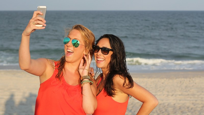 Danger of Skin Cancer – How Selfies Destroy the Skin