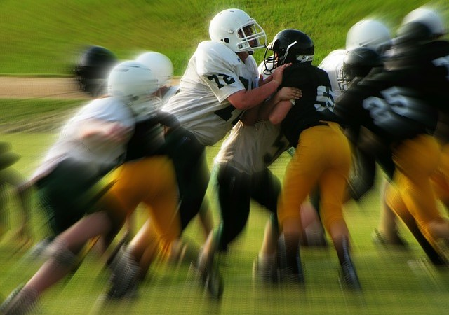5 Ways Parents And Coaches Can Take The Toxicity Out Of Youth Sports {Guest Post}