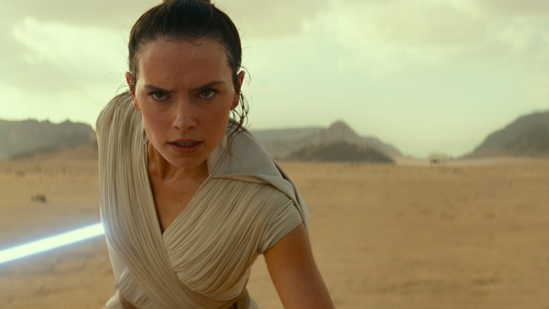 STAR WARS: The Rise of Skywalker Debuts New Trailer at STAR WARS Celebration!