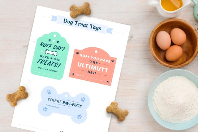 04-dog-treat-tags-mockup (2)
