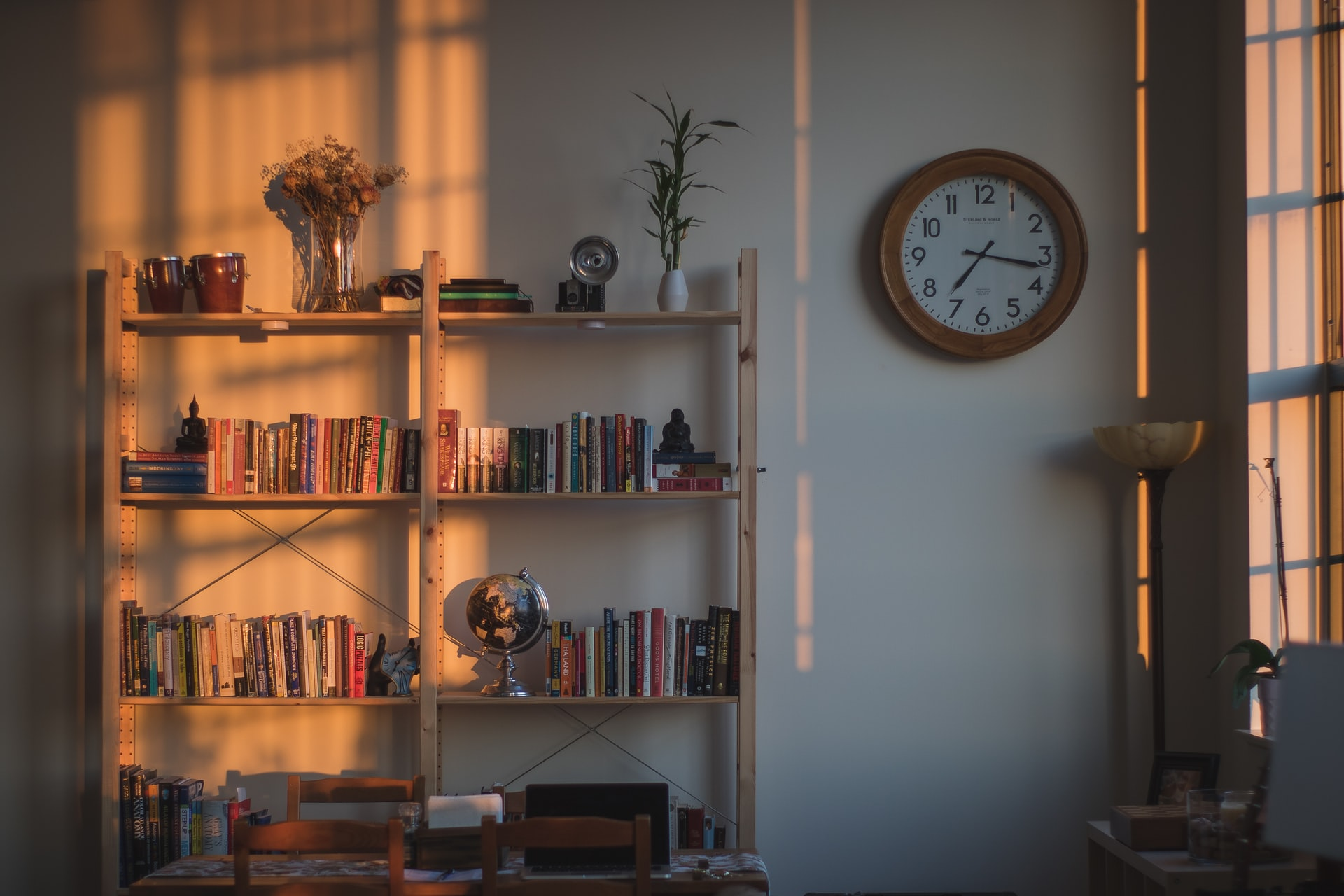 4 Efficient and Effective Organization Solutions for Minimalists