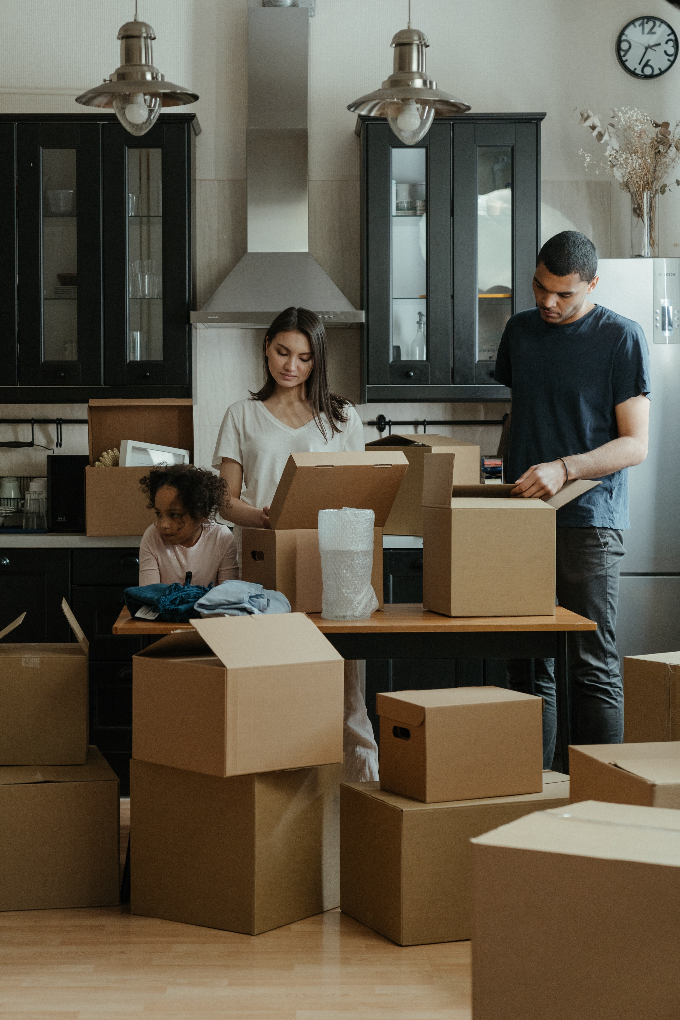 4 Tips of Easing Your Family's Moving-In Process