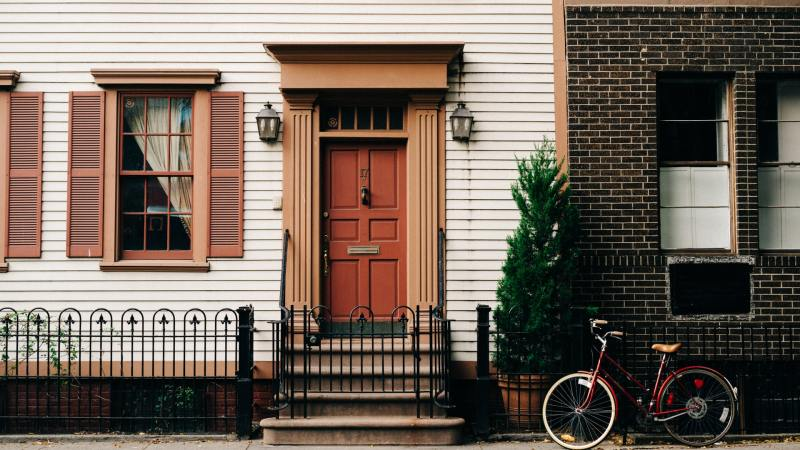 6 Trending Front Door Colors to Spruce Up Your Home