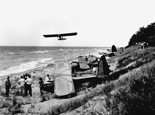 Sailplanes on the Frankfort Beach
