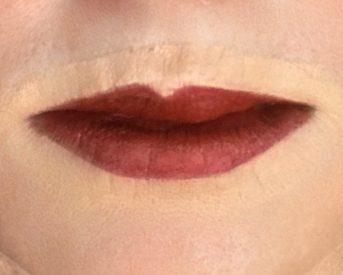 crossdresser makeup procedure for Lipstick using lip brush