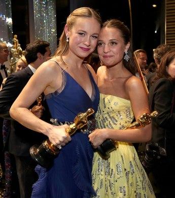 Brie Larson y Alicia Vikander