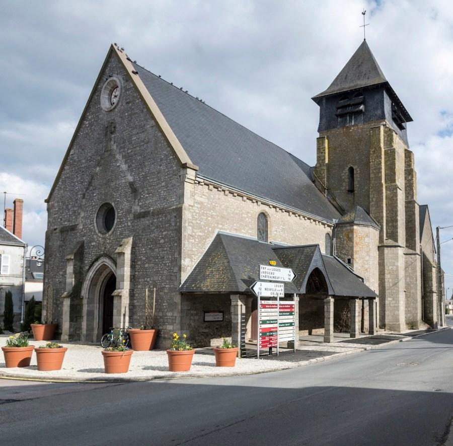 Eglise St Pierre de Trainou, assemblage de 2 images avec APG.
