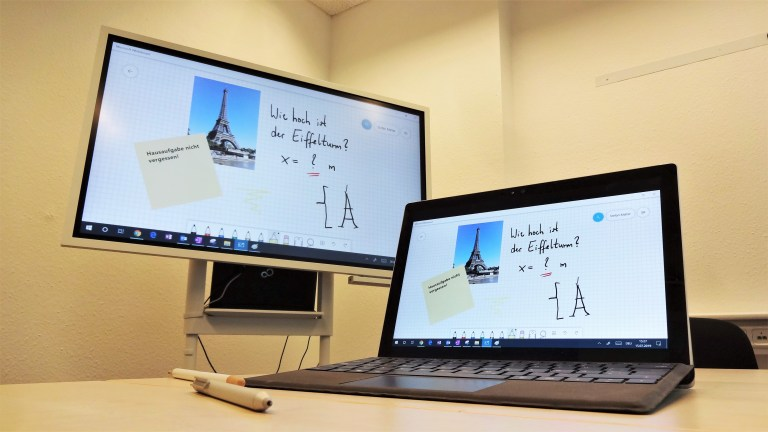Whiteboard-App mit verbundenem Display