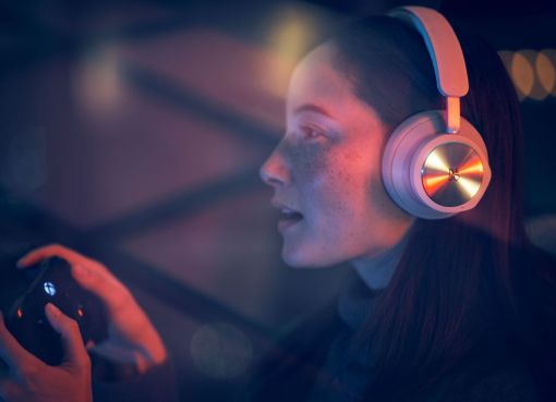 Beoplay Portal xbox headset
