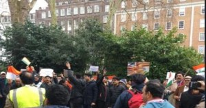 Indians protest outside Pakistan High Commission in London
