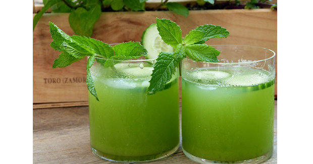 Health Benefits Of Drinking Mint Water In Summer.