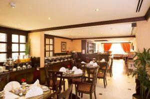 arabian-courtyard-hotel-spa-vip-lounge