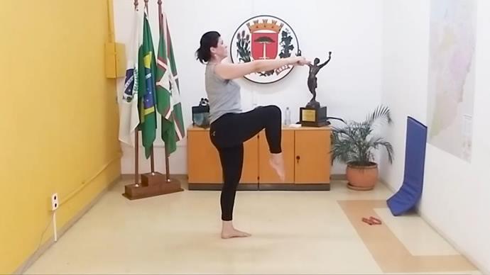 Exercícios de ginástica local marcam a 18ª aula de atividades físicas. Foto: Divulgação
