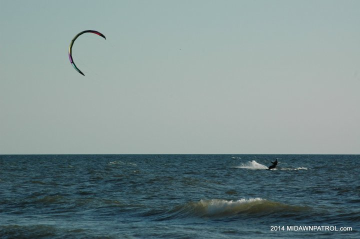 Kiteboarding at Kuow