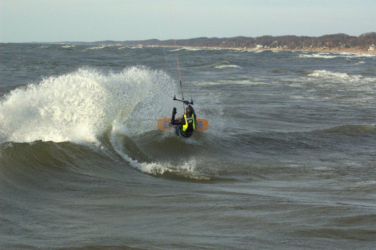 Michigan Surf Cams – Michigan Dawn Patrol