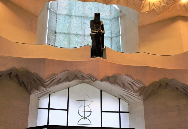 Sagrada Familia interior 2