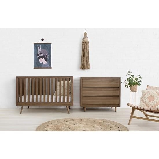 Mid century cribs: Nifty Timber 3-in-1