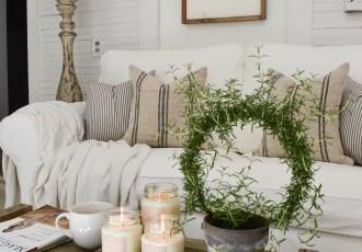 Cozy Sunroom Decor for Fall
