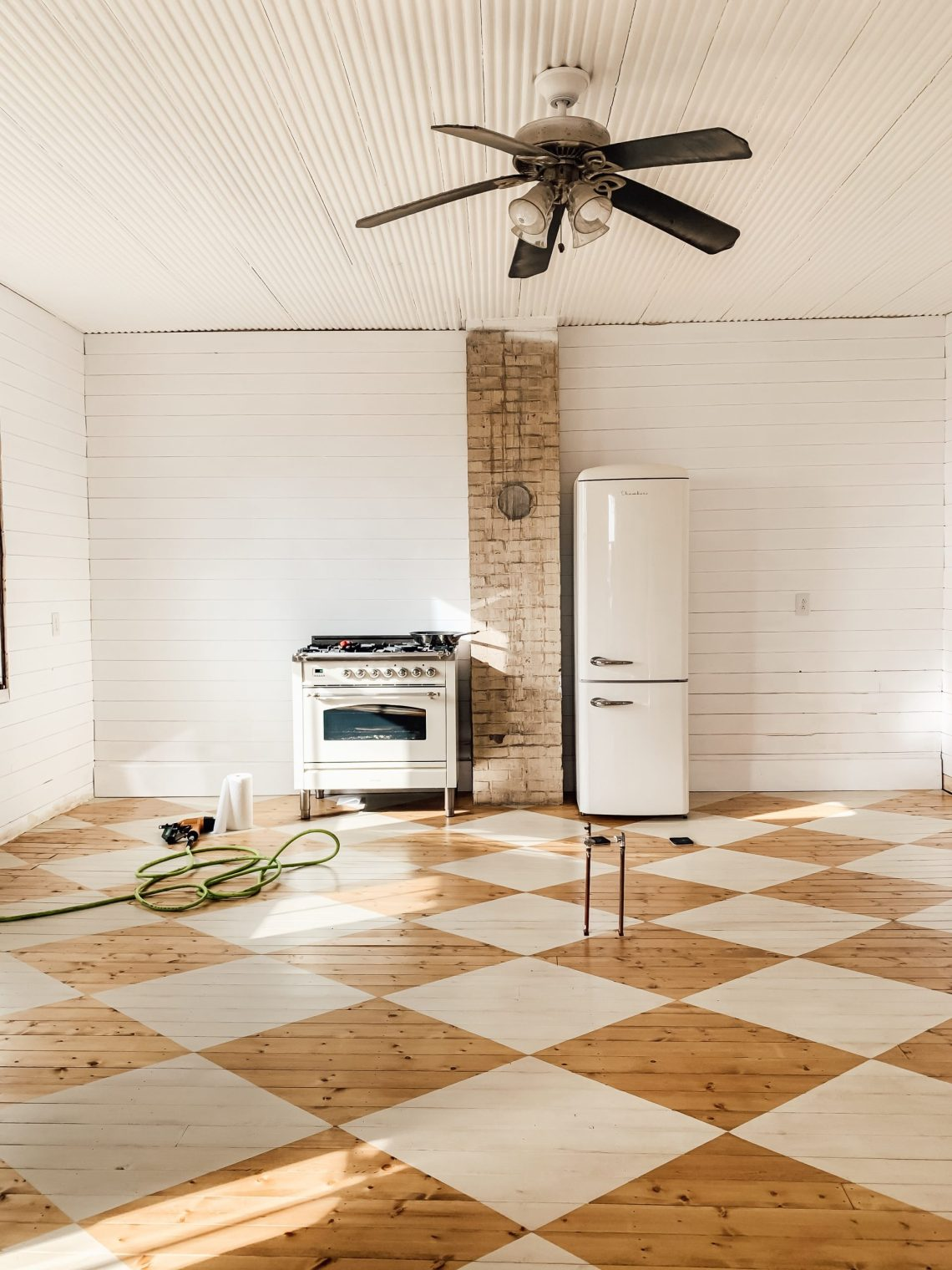 Farmhouse Kitchen Floors and Walls