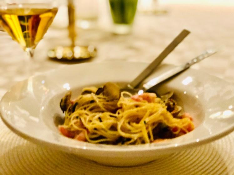 Recept skaldjurspasta räkor musslor tomat vitlök
