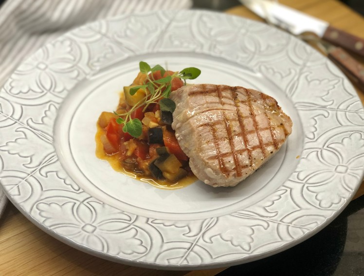 Recept halstrad tonfisk med ratatouille