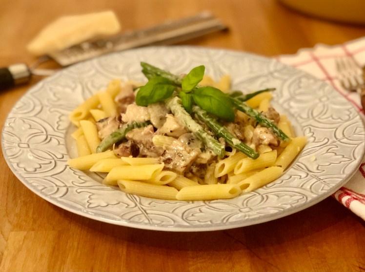 Snabb pasta med kyckling recept