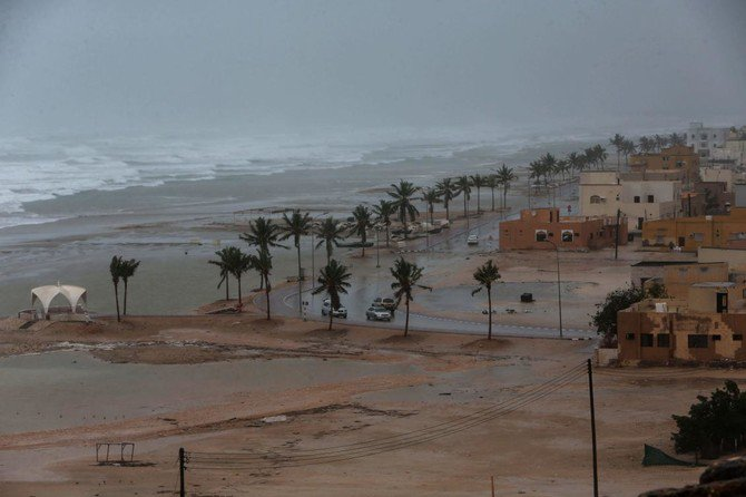 A picture taken on May 25, 2018, shows high waves breaking along the shore in the southern city of Salalah as the country prepares for landfall of Cyclone Mekunu. (AFP)