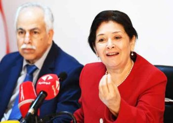 Sihem Ben Sedrine (R), President of Tunisia's Truth and Dignity Forum (IVD), gives a press conference in the capital Tunis on May 25, 2018. (AFP)