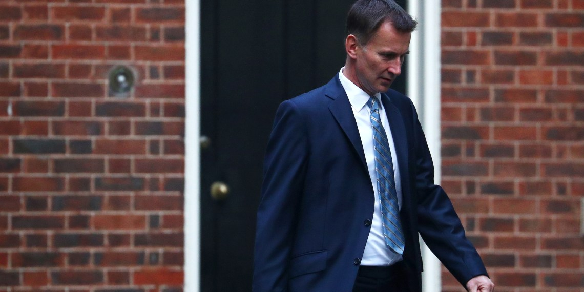 Britain's Foreign Secretary Jeremy Hunt arrives in Downing Street, London, Britain October 16, 2018. REUTERS/Hannah McKay